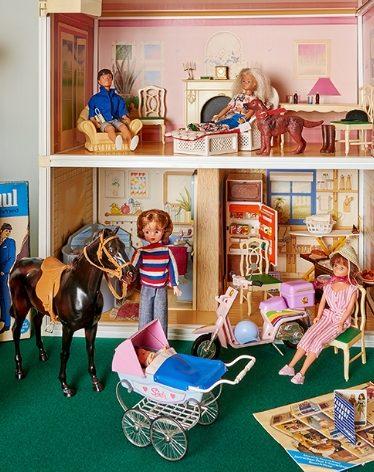 Indoor Doll Set